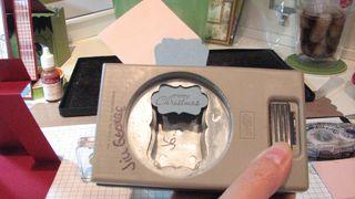 Mini-Etikett mit Stanzer Dekoratives Etikett / SU