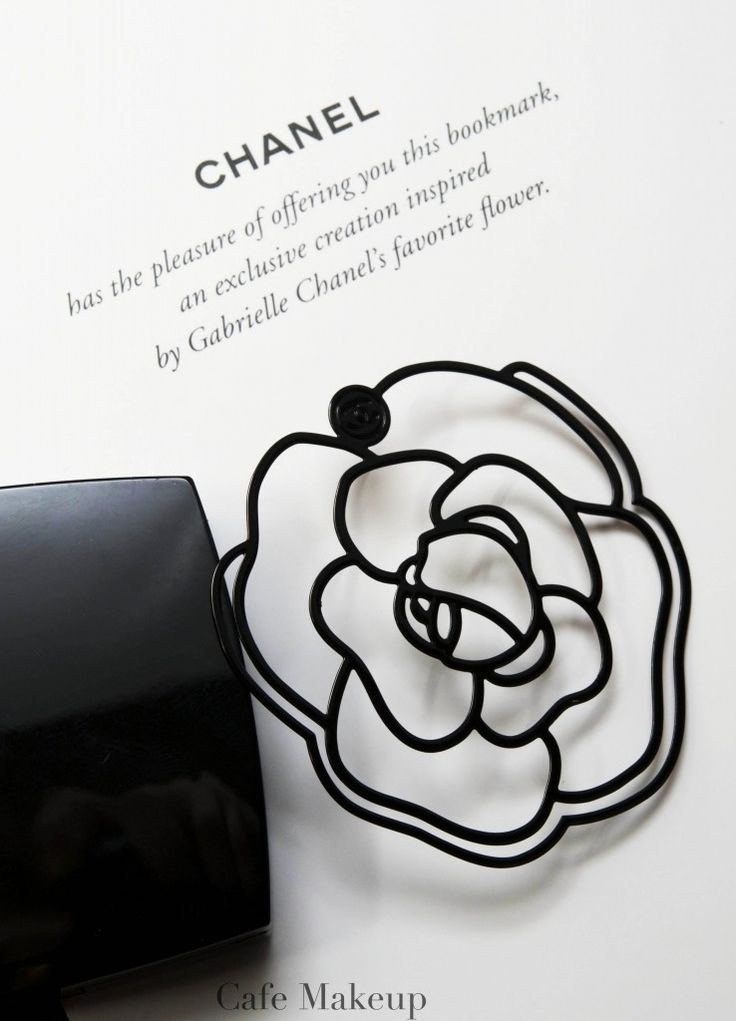 Metal Bookmark in Iconic Chanel Camellia Shape . cafemakeup.com