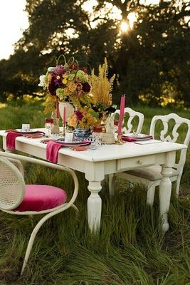 Ada and Darcy: Outdoors and glorious - a stunning table setting