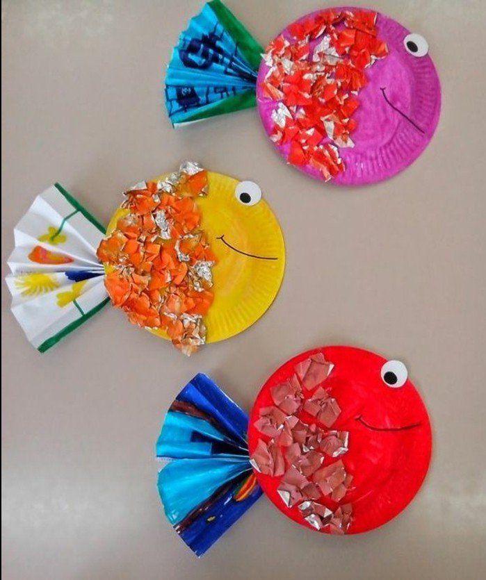 des-assiettes-en-papier-colorées-et-transformées-en-poissons-activite-manuelle-a-realiser-a-la-maternelle