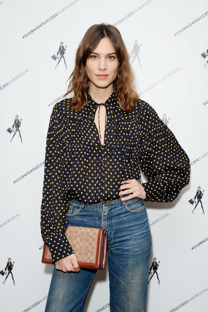 ee4d4cc4821d Alexa Chung's style file. Find style, hair and make up inspiration just by  looking in the tags. Feel.