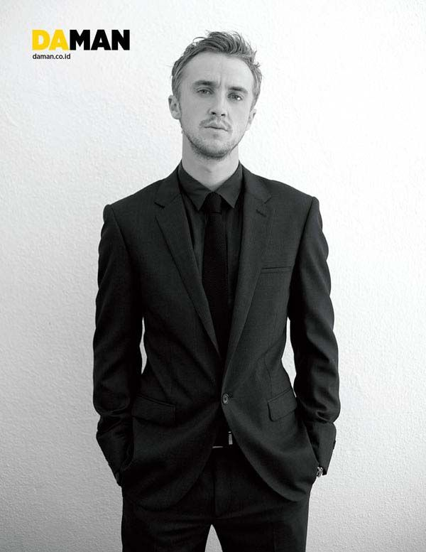 I am not normally one to post celebs... But Tom Felton grew up to be a very handsome man. Proof men just get better looking with age.