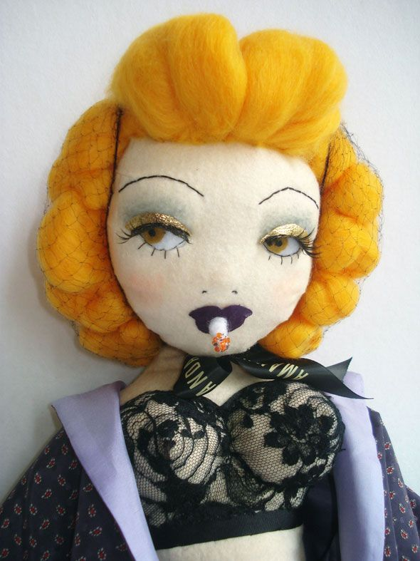 I am so in love with these dolls by Amanda Fatherazi!