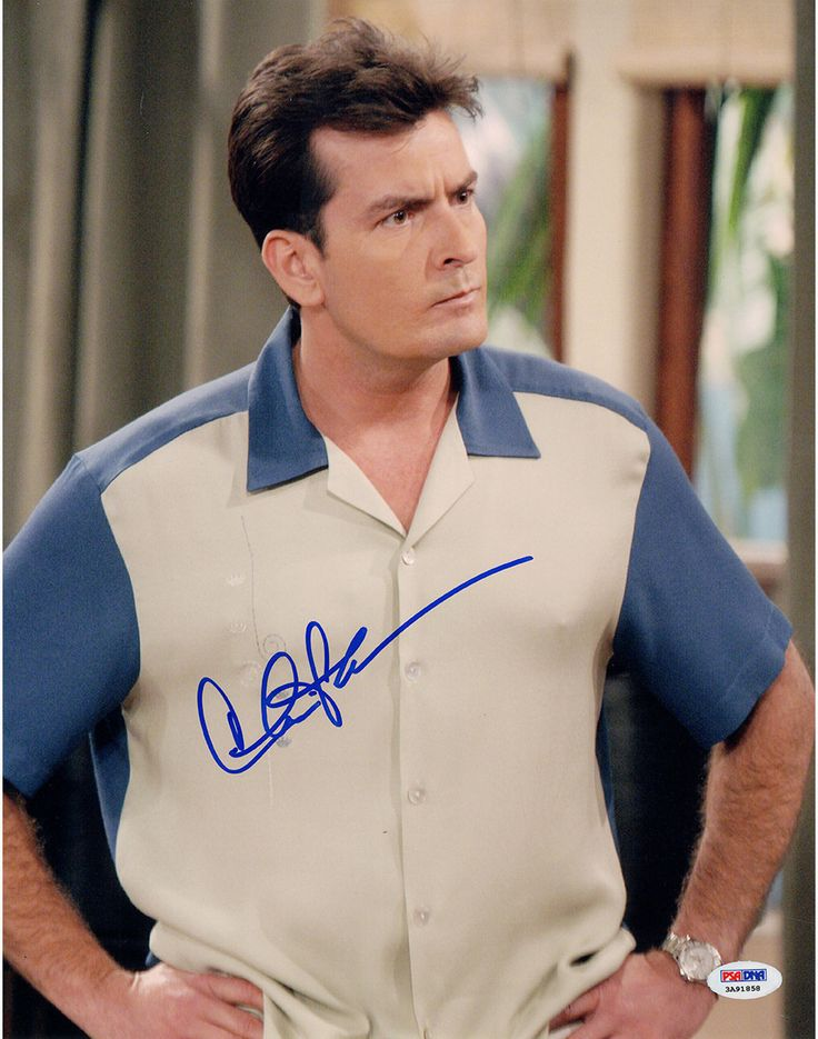 Charlie Sheen Signed Two and a Half Men Vertical 11x14 Photo (PSA/DNA Holo)