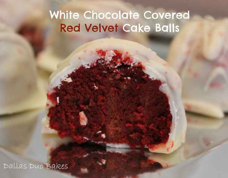 White Chocolate Covered Red Velvet Cake - You can also use almond bark (chocolate) These are to die for ~ Balls #dallasduobakes #redvelvet #cakeballs