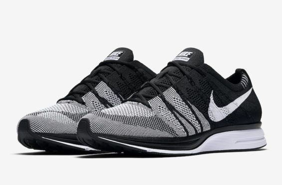 Official Images: Nike Flyknit Trainer Oreo