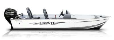 The Lund Fury aluminum fishing boat series offers convenience and power in a smaller fishing boat. Two models available in 14 and 16-feet.