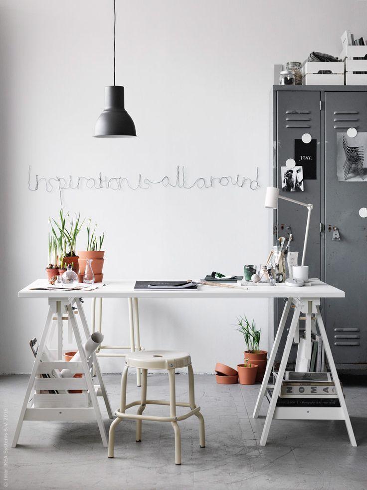 KLIMPEN / FINNVARD tafel | #IKEA #IKEAnl #bureau #tafel #werken #werkplek #kruk #HEKTAR #lamp