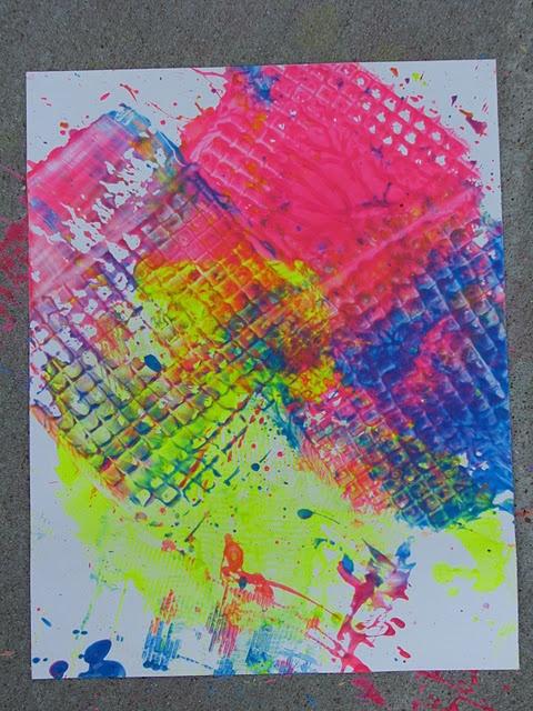 http://www.playcreateexplore.com/2010/06/fly-swatter-painting.html    Fly Swatter Painting!