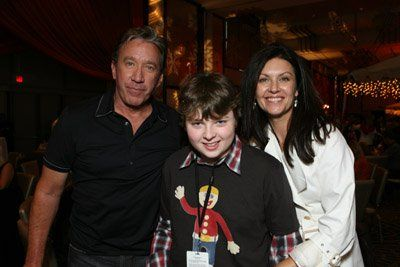 Tim Allen, Spencer Breslin and Wendy Crewson at event of The Santa Clause 3: The Escape Clause (2006)