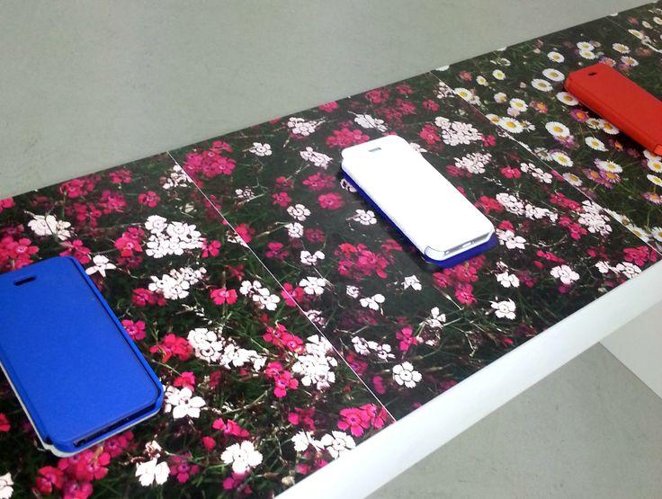 Homme Déco était chez #MaisonChristianLacroix pour la présentation de leurs nouvelles housses pour smartphones et tablettes !