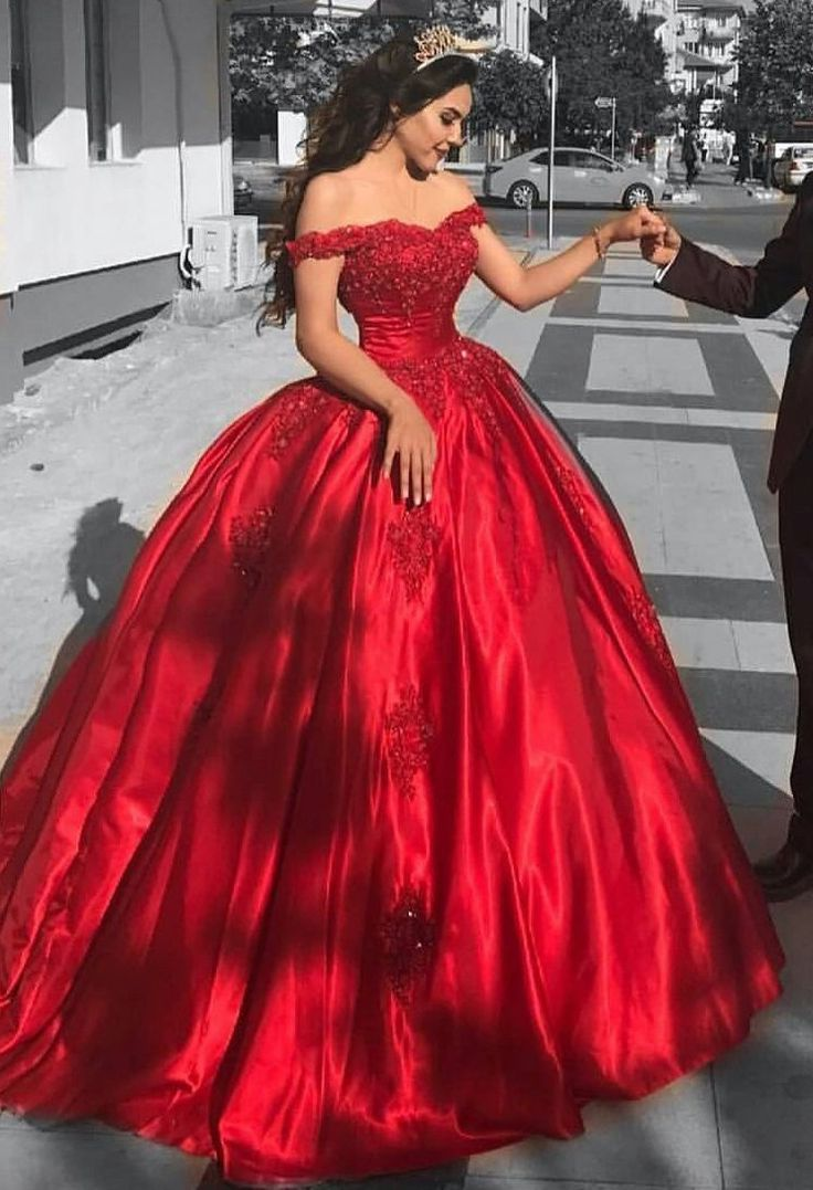 Ball Gown Off The Shoulder Red Satin Prom Dresses Red Us2 In 2021 Prom Dresses Ball Gown Sweet 16 Dresses Princess Prom Dresses [ 1077 x 736 Pixel ]