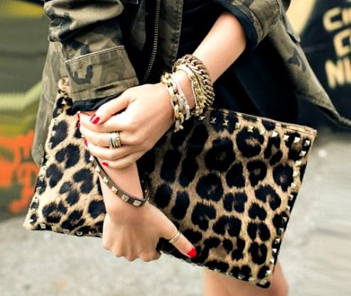 animal print never gets oldLeopards Camo, Women Fashion, Pur Leopards, Leopards Fashion, Fashion Style, Fashion Animalprint, Leopards Prints, Animal Prints, Dreams Bags