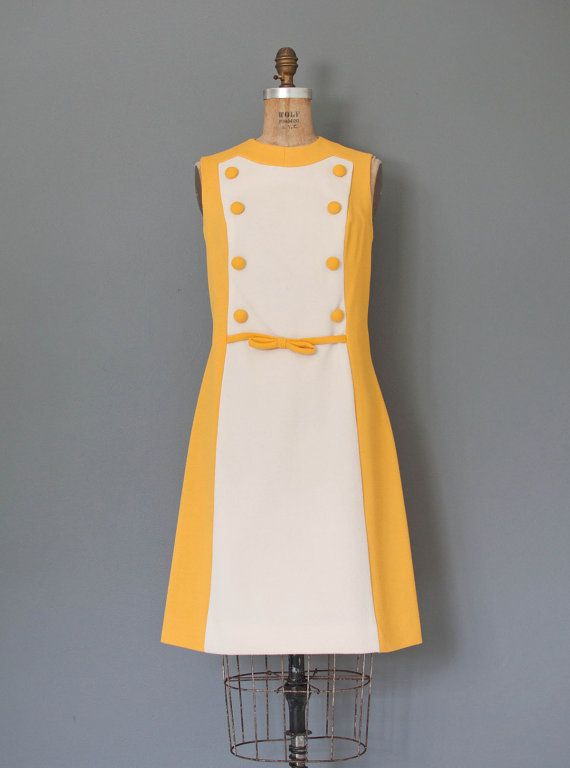vintage 1960s dress / 60s dress / yellow mod dress by SwaneeGRACE