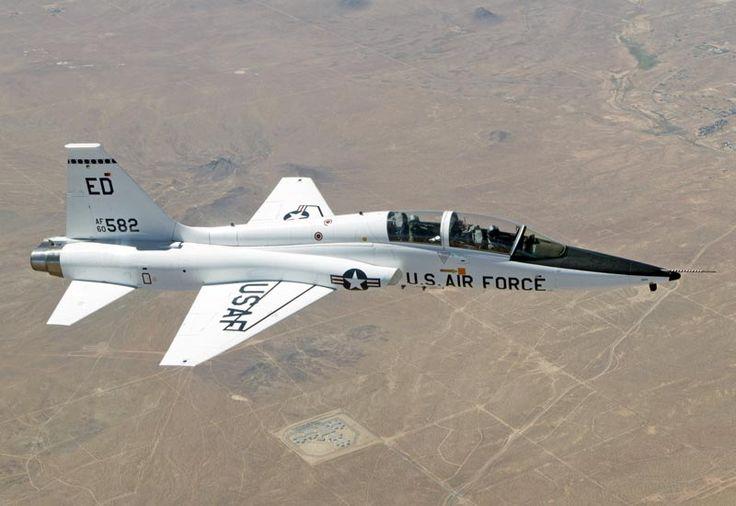 Northrop+T-38+Talon   northrop-t38-talon.jpg