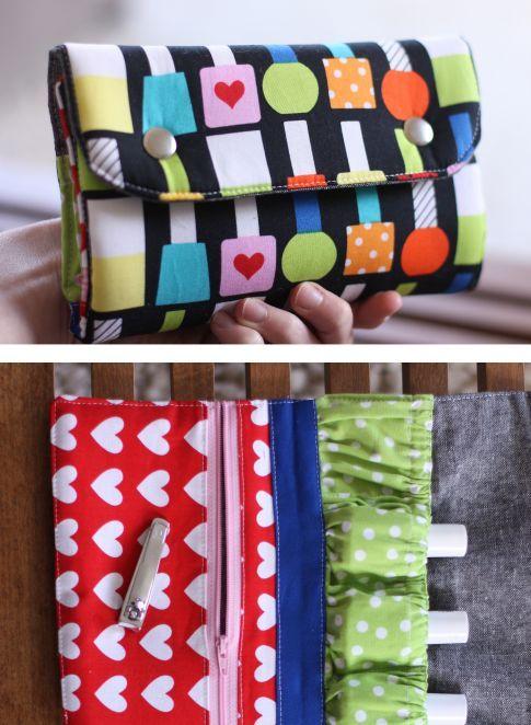 Snappy Mani Pouch 2 Free Pattern: Robert Kaufman Fabric Company