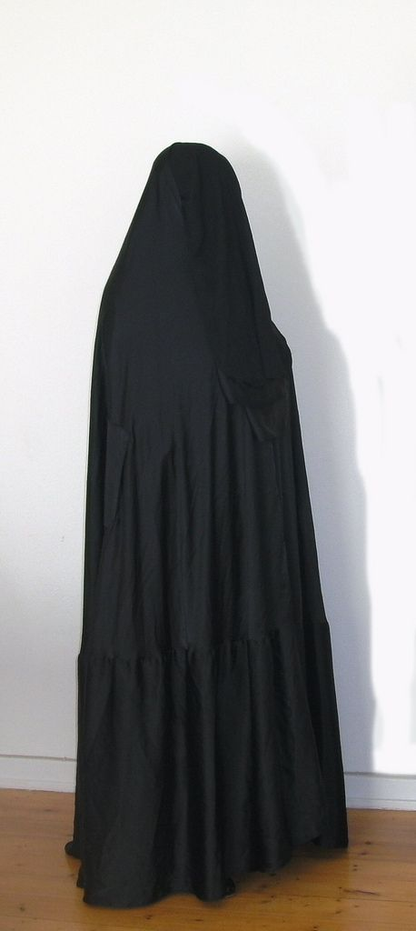 traditional burqa
