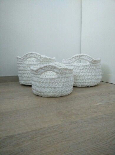 Crochet White baskets