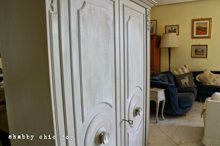 Shabby Chic JoyL'armadio per l'ingresso: dal mercatino dell'usato a casa mia by Shabby Chic Joy- after
