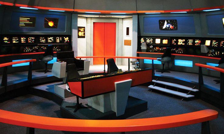 Une passionnée dépense 22 000 euros pour transformer son appartement en vaisseau Star Trek