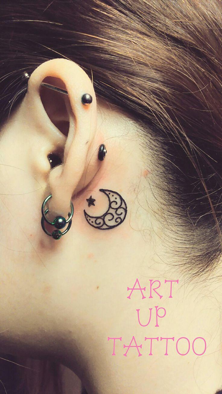 #tattoo #tattoos #tattooart #tattooartist #tattooshop #art #bodyart #ink #ear #moon #タトゥー #タトゥースタジオ #インク #アート #ボディアート #アートアップタトゥー #ワンポイント #耳の裏 #月のトライバル #月と星 #東京タトゥー #日野タトゥー #祐 #女性 #女性彫師