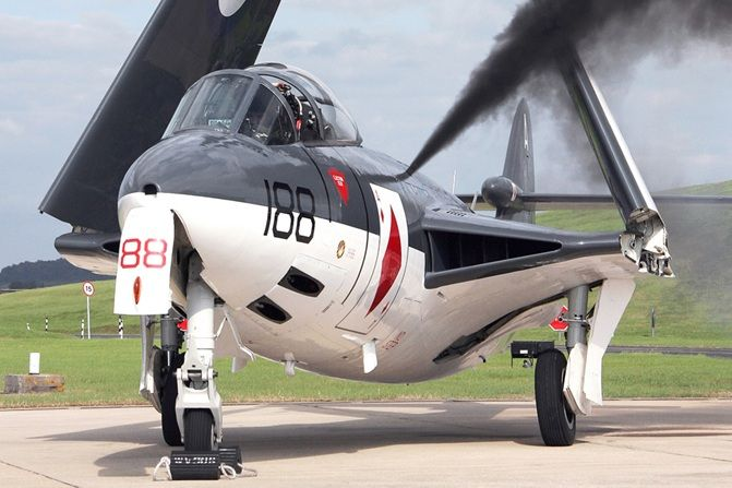 Historic Flight Royal Navy Sea Hawk WV908 © Lee Howard