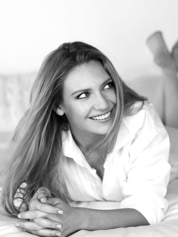 """Olivia Danhem (Liv)  --  Anna Torv  --  ''FRINGE''(2012)  ///  Анна Торв . Самая известная (пока) роль --Оливия Данхэм в сериале """"Хрень"""" , ой , то есть  """"Грань"""""""