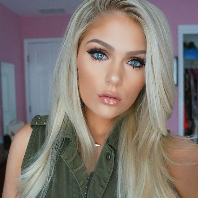 Blonde Blonde Eyebrow  in How Makeup Fill to Girls: For