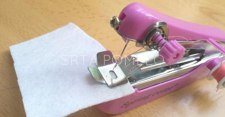 Cómo usar la máquina de coser manual