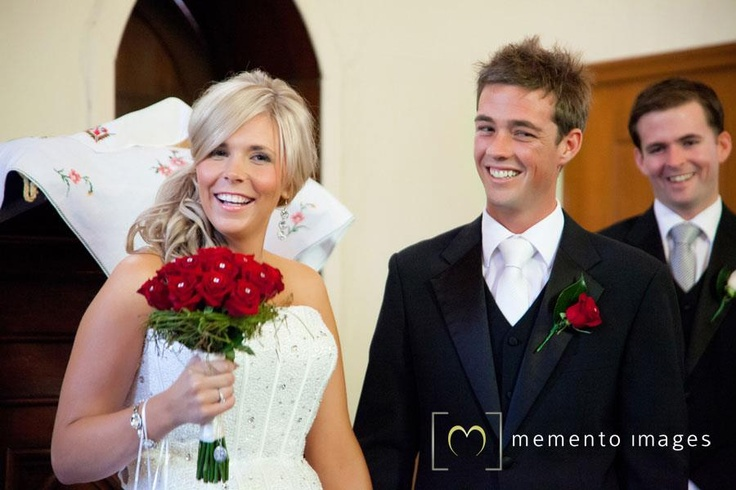 Make your wedding moment full with wedding photography @ Memento Images