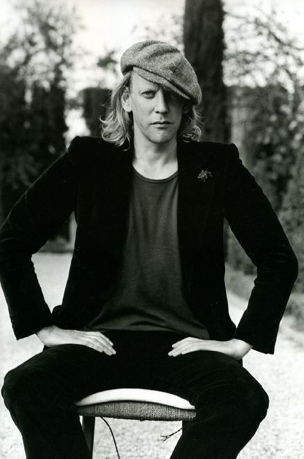 Donald Sutherland. S)  WOW!!!! He & Keifer look so alike. Donald has a slightly longer face, but could almost be twins...