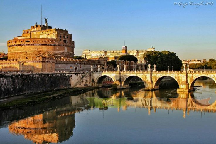 BlueRome, Tune your Mind. VENI, I came to Rome. VIDI, I saw the Great Beauty of Rome VICI I'm conquered by the roman lifestyle