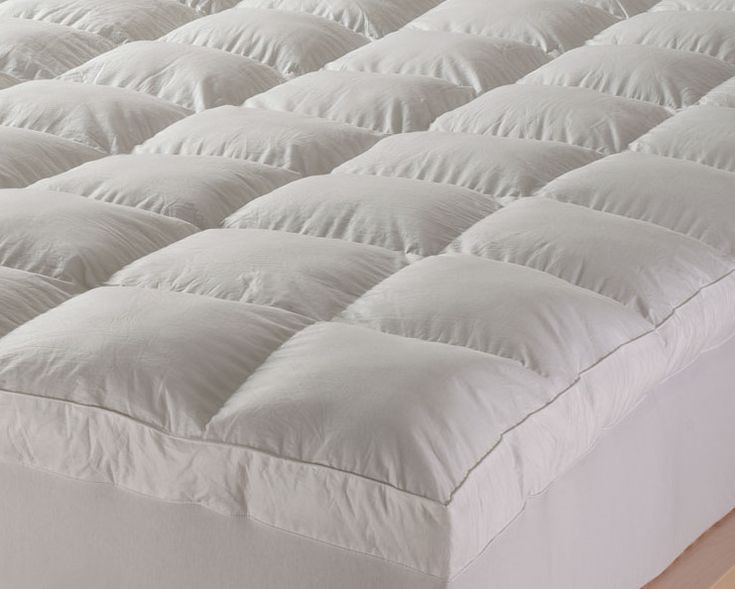 'Club Suite' White Goose Down and Feather Mattress Topper