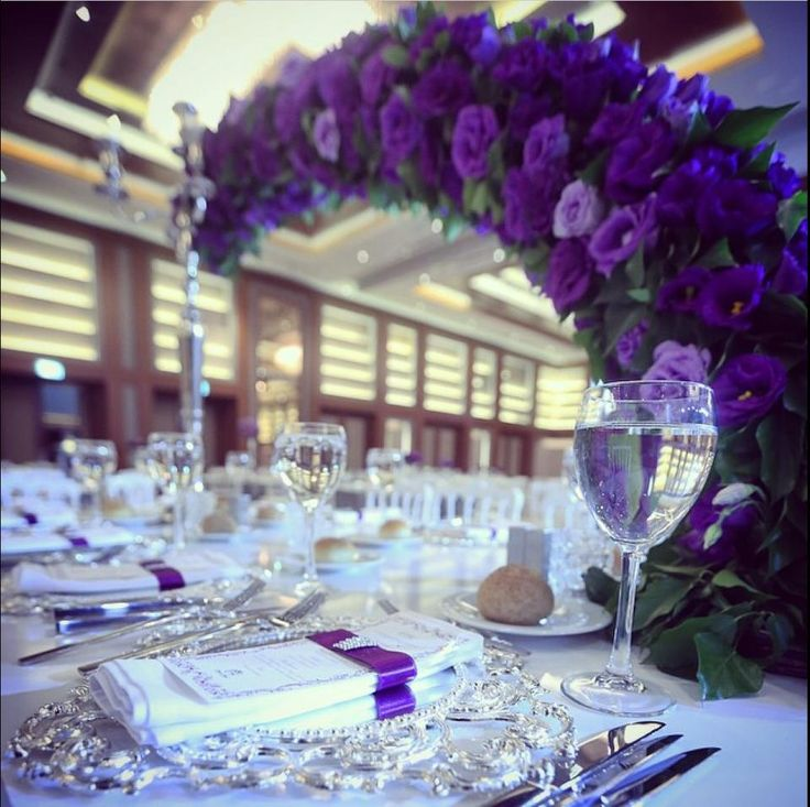 Repost from @merveakanevents: Creating magical memories that last a  lifetime…  #sheraton #bursa #sheratonbursa #hotel #wedding #marriage #party #ceremony #decoration #design #tabledesign #table #purple #roses #silver #betterwhenshared