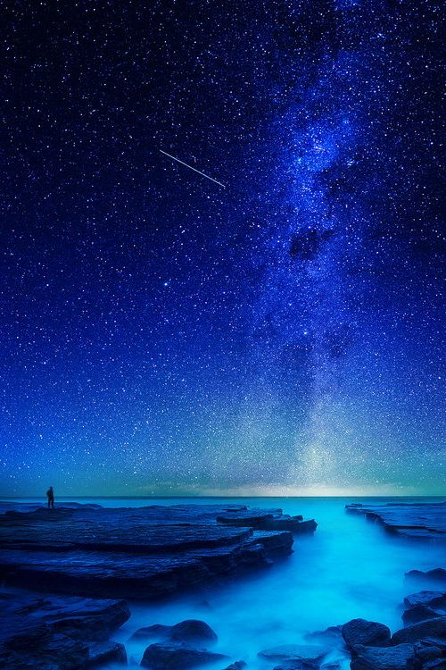 vurtual:  Its my world (by Goff Kitsawad)
