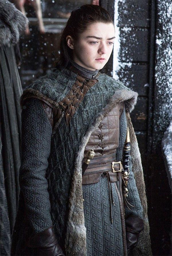 Igra Prestolov Kak Izmenilas Arya Stark Za 8 Sezonov Seriala Arya Stark Mejsi Uilyams Igra Prestolov