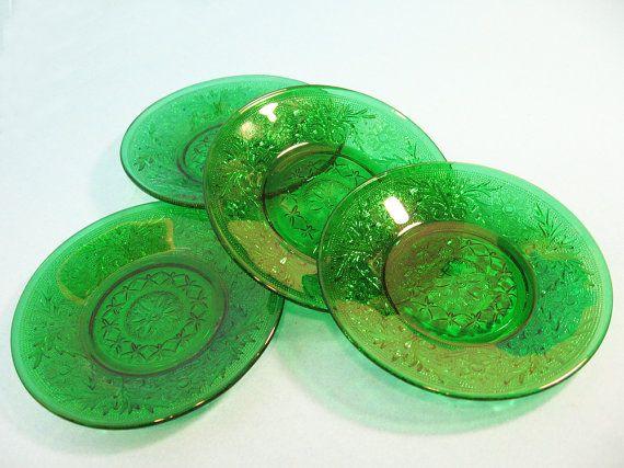 Sandwich glass, custard liner plates, oatmeal glass Set of 4, vintage green glass, saucers
