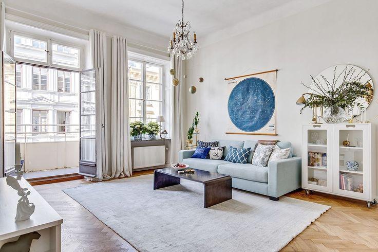 Turkos Valen soffa. Djup soffa, vardagsrum, linne, låg soffa, inredning, möbler. http://sweef.se/soffor/111-valen-soffa-i-linne.html
