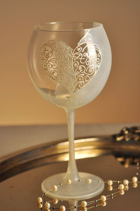177 best hand painted wine glasses images on pinterest decorated hand painted wine glass love solutioingenieria Gallery