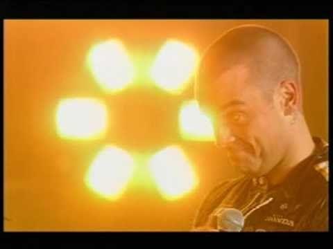 Joss Stone ft Tom Jones - Ain`t that a lot of love HD - YouTube