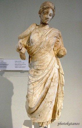 Άγαλμα Υγείας.1ος μ.Χ.αι.Statue of Hygieia.1st.c.AD  Dion Museum