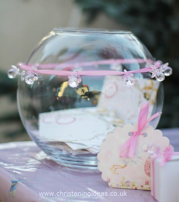 Pink christening decorations http://www.christeningideas.co.uk/christening-party-ideas/item/121-pink-christening-party.html