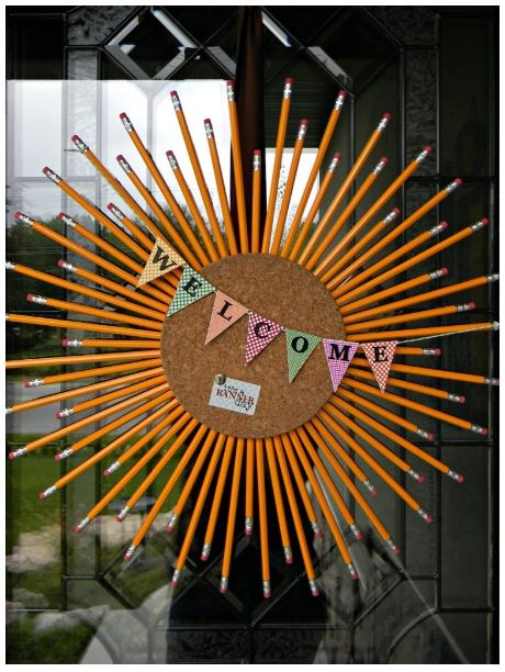 Classroom decoration : cork pencil sun