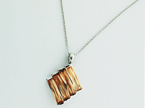 Sterling Silver Necklace with Champagne Pendant, weights 14 gram.