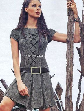 Платье с короткими рукавами и встречными складками