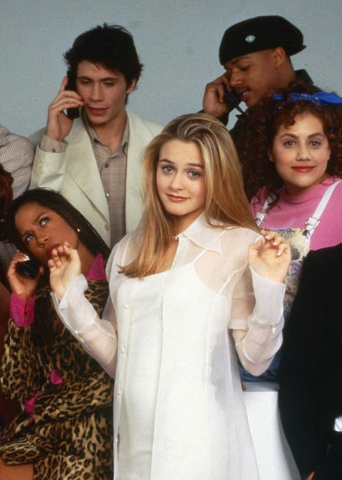 Stacy Dash as Dionne Davenport, Jeremy Sisto as Elton Tiscia, Alicia Silverstone as Cher Horowitz, Donal Faison as Murray Duvall, and Brittany Murphy as Tai Frasier in Clueless, 1995.