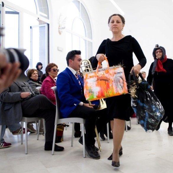 #DanielGonzález D.G. Clothes Project Grandmother #Bag #Collection  ALL BAGS BY Daniel González D.G. Clothes Project HERE http://ift.tt/2eURti1  #hashtagsgen #modadonna #uniquedesign #uniquepiecescollection #fashionoftheday  #fashionlover #fashiondesign #fashiondesigner #fashiondaily #fashionlove #fashionforward #bags #borsedonna #birken #celine #tiffany #fashiondiary #journorequest  #igersapulia #igers #igersitaly #artemoda #modadonna #pezziunici #fashionphotography @lovefashion_ing…