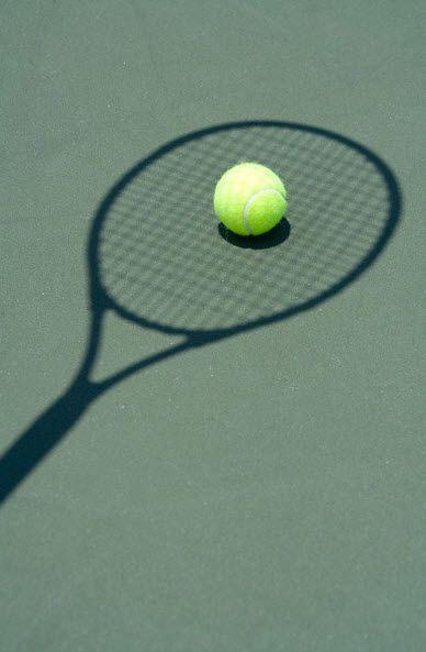 / urban explore / outdoor sports / life / active / outdoor activities / tennis / racket / shadows/ www.ant-origins.com