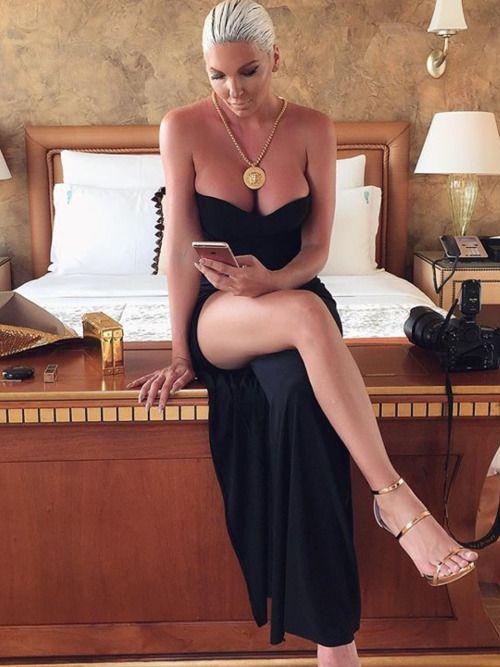 Milf Legs 747 In 2019 Strapless Dress Formal Sexy