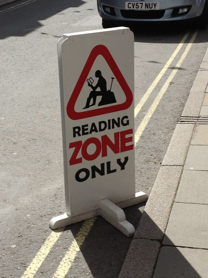 Sign outside a bookshop in Hay-on-Wye.: Books, Humour De, Reading Zone, Floors Signs, Bookish Things, Books Quotes, Bookish Delight, Amo Leer, Books Lovers